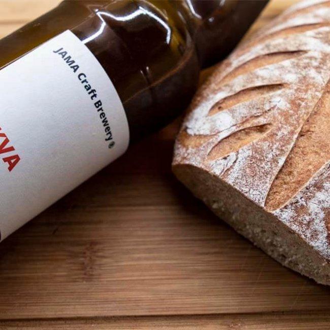 Kváskový chlieb z mrkvového piva