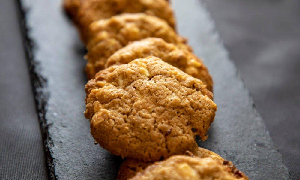 Cookies z dvojzrnky s orechami a čokoládou